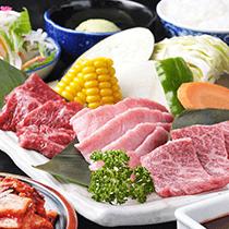 焼肉好きにはたまらない、大人気の飛騨牛から鶏・豚や、各種ドリンク等を、豊富に取り揃えております